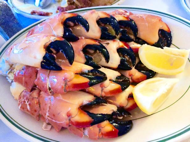 Where to Eat? Joe's Stone Crab!