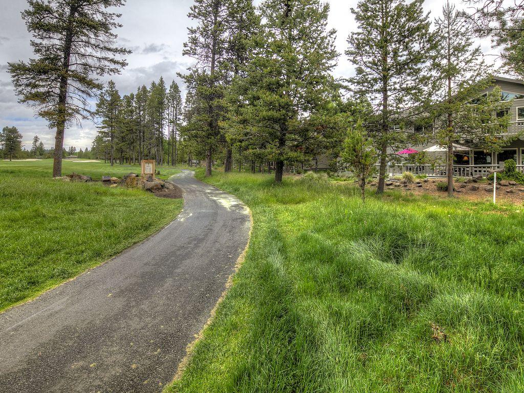 Cart path along 3rd hole at the lodge's backyard.