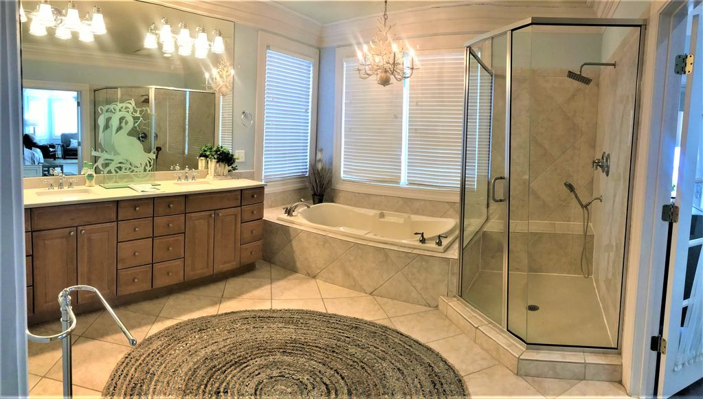 2nd Floor Master Private Bath, Double Vanity and Electric Commode