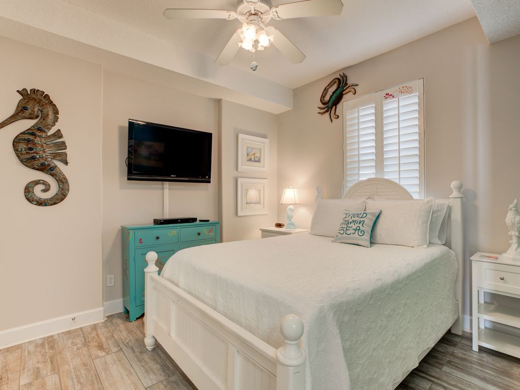 Full Bed in Second Bedroom