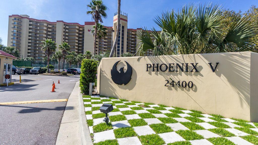 Phoenix V Enterance