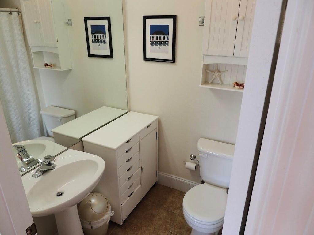 Guest Bedroom Bath