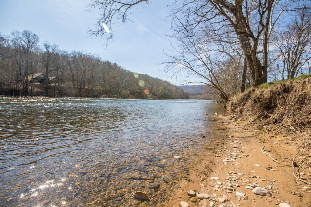 Beautiful river area with hundreds of feet of private shoreline