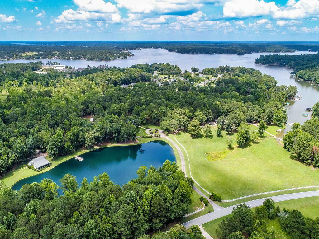 4 ac lake and lake oconee