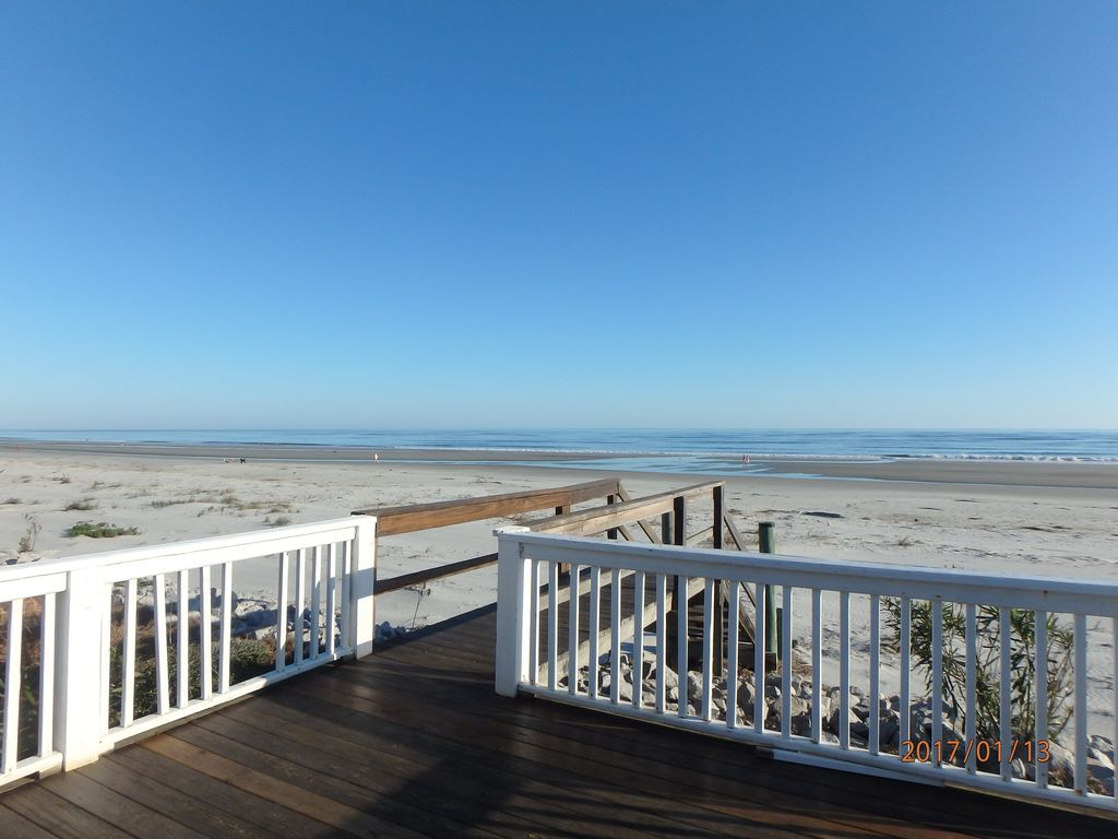 Large deck at the top of your Private Beach Access,