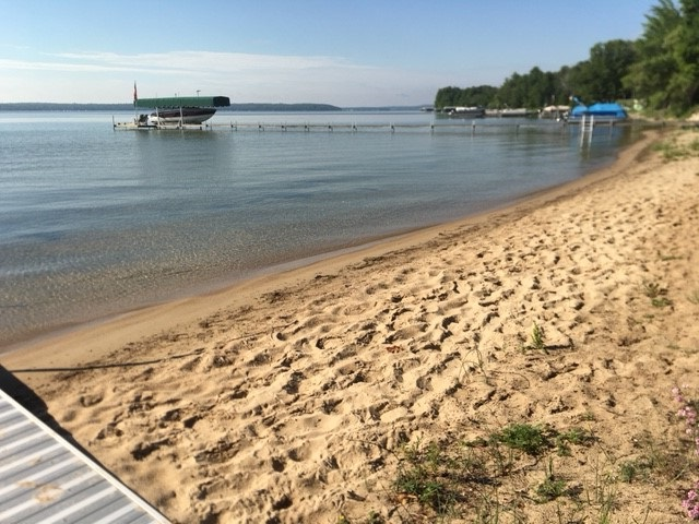 Shared access to Mullett Lake