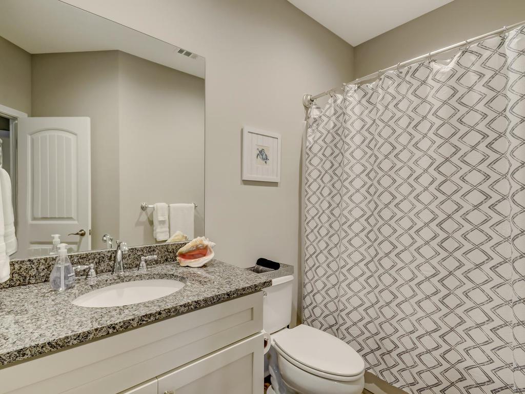 Full Bathroom #1