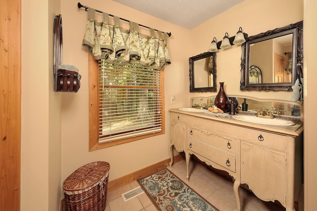 Main level king master suite bathroom