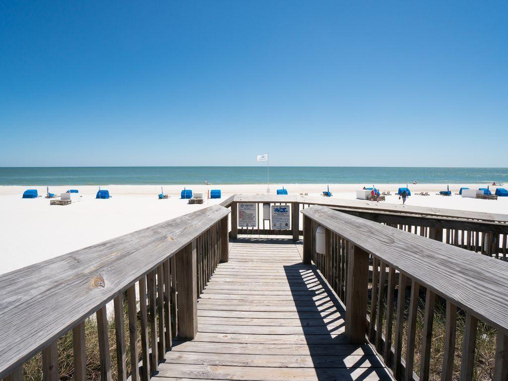 Boardwalk to the beach!