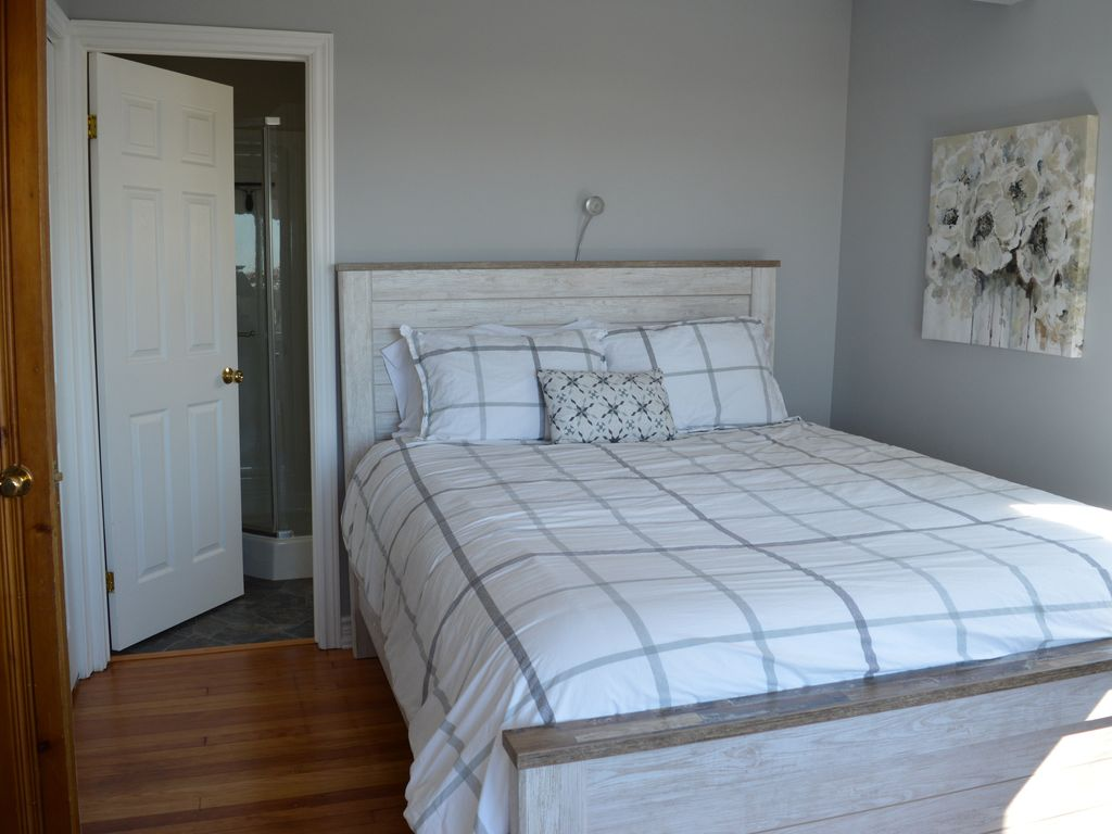 Master Bedroom, with Ensuite