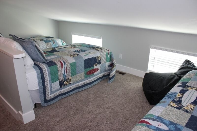 Loft area - 2 twin beds and , tv, bean bag chairs - Great for kids of all ages!
