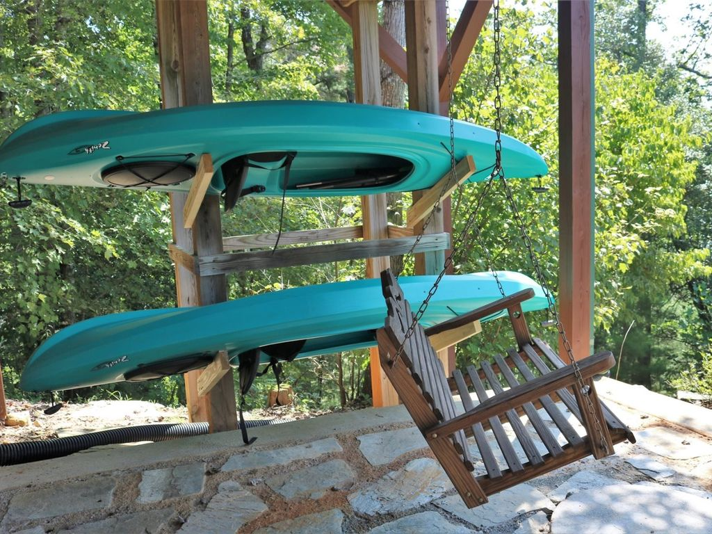 The entertainment is built in to your stay - this home comes with two kayaks
