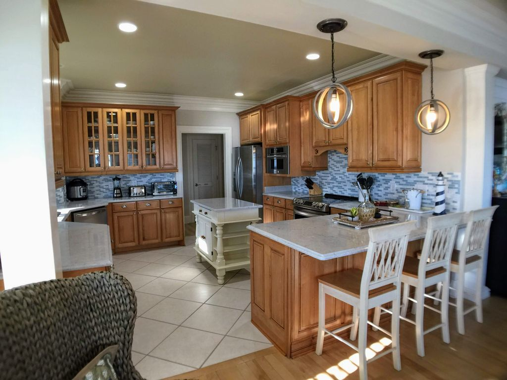 Beautiful Main Kitchen, All New Appliances & Counter Tops