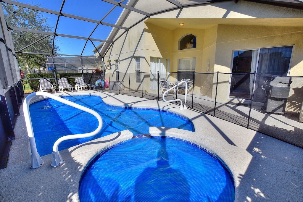 Solar pool and spa covers and toddler fence.