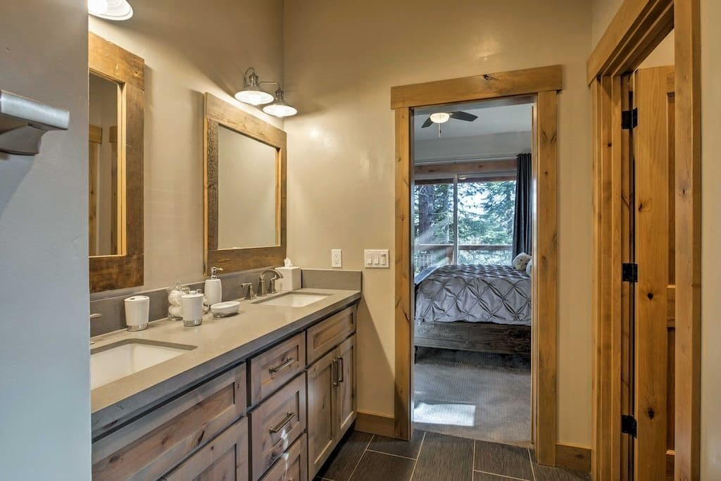 Luxury Bathrooms all with Showers
