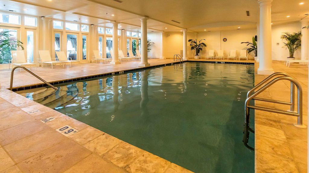 Indoor / Clubhouse Pool