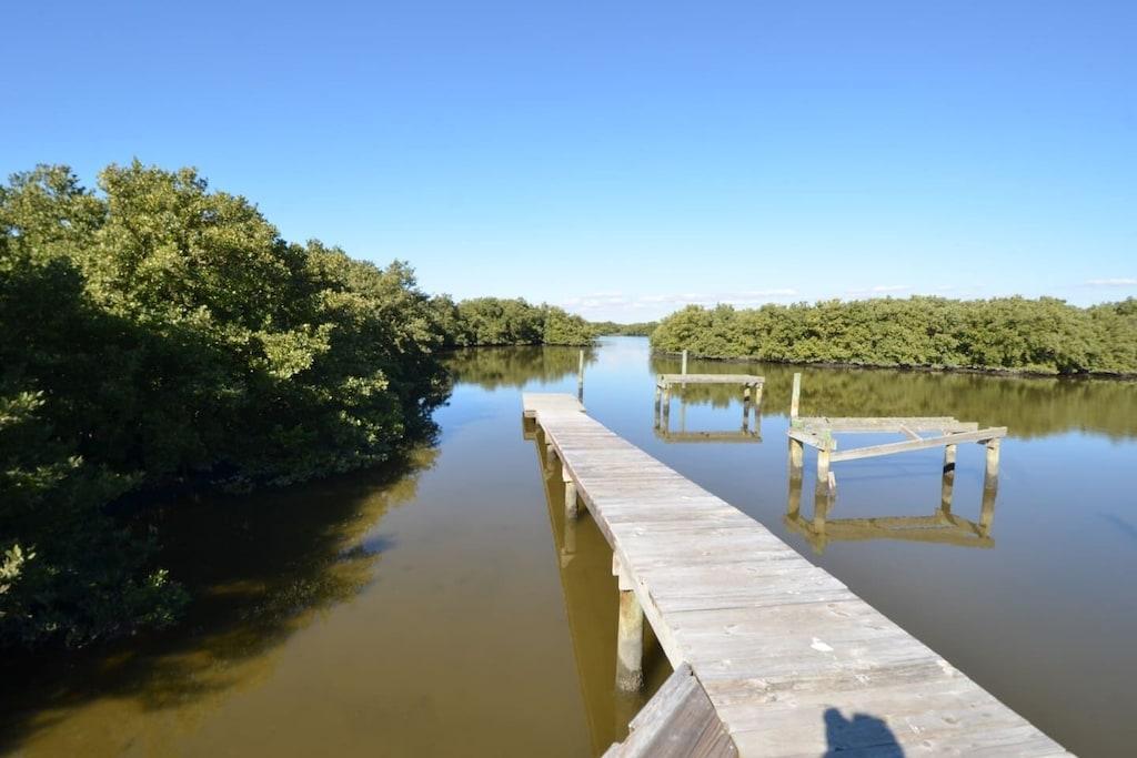 Dock option for kayak departure