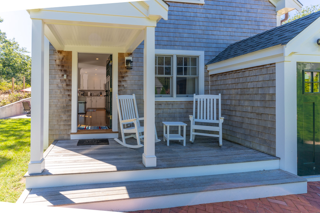 Smith Hollow Porch Chairs and Table