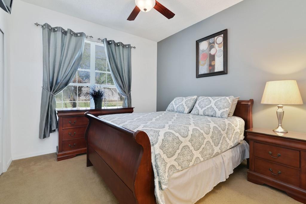 The queen master suite.