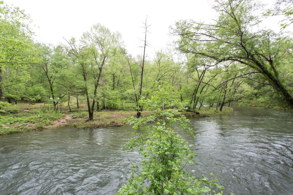 Plus, it is part of the Riverbend at Lake Lure community, though it is located outside of the gates.