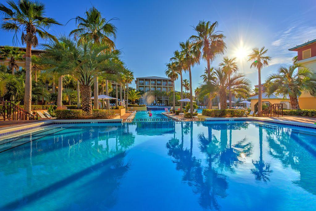 Seacrest Lagoon pool
