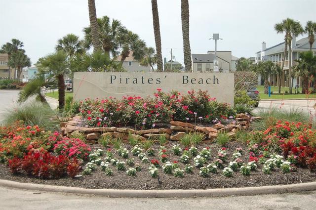 Home located in beautiful Pirates Beach