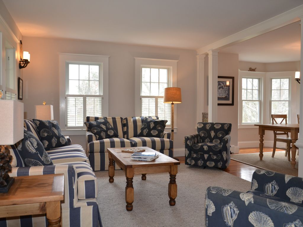 Warm and inviting living room with nautical themed furniture.