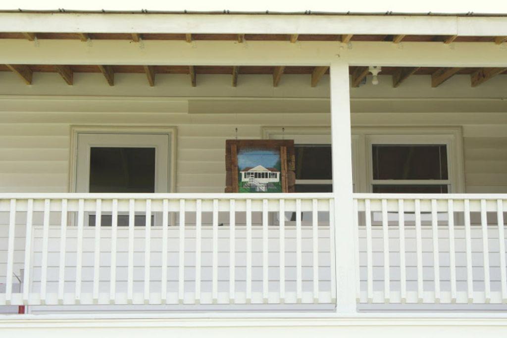 Porch of Left Side