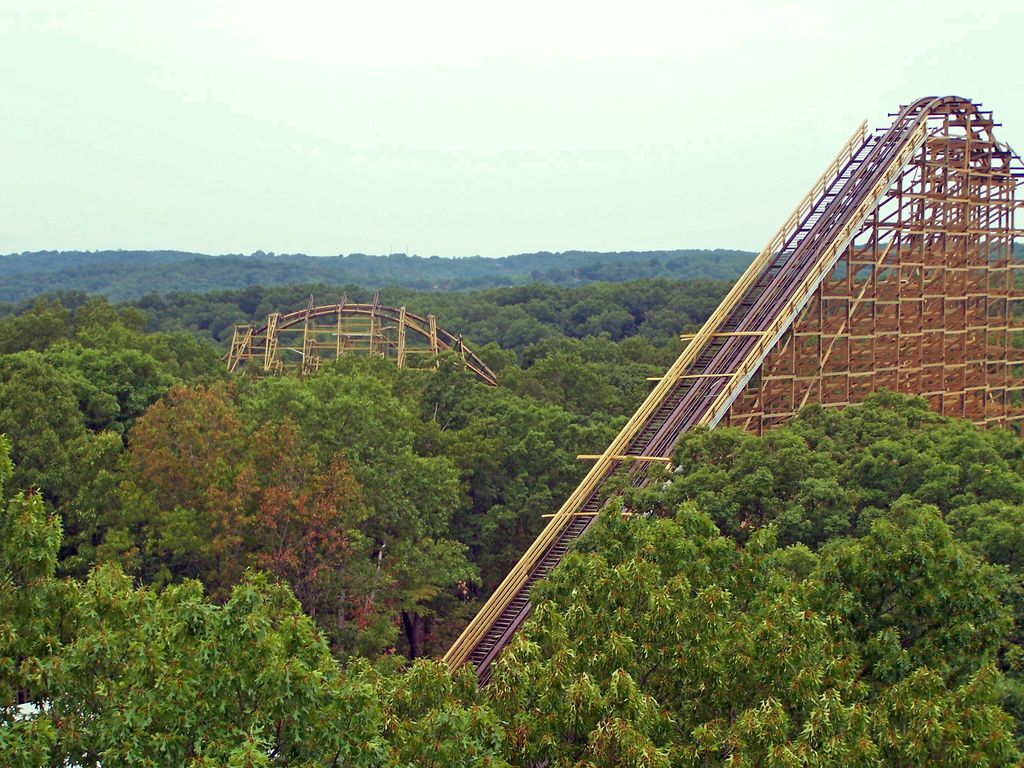 Enjoy music, authentic crafts, and rides at Silver Dollar City! (BCVB)