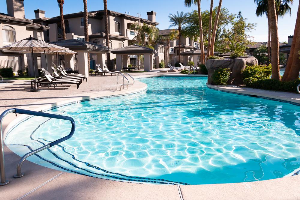 Heated pool, always sunny
