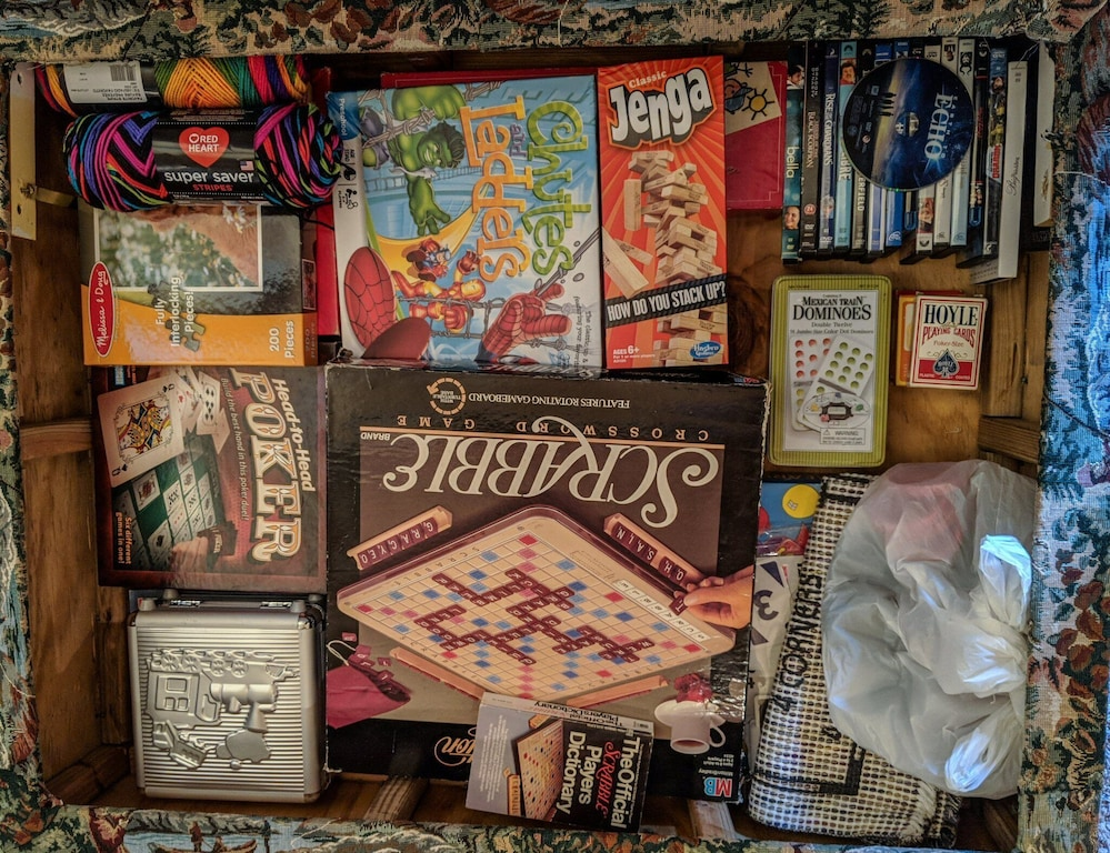 Board games and other amenities for rainy days