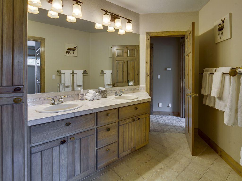 Bridle Suite Bath