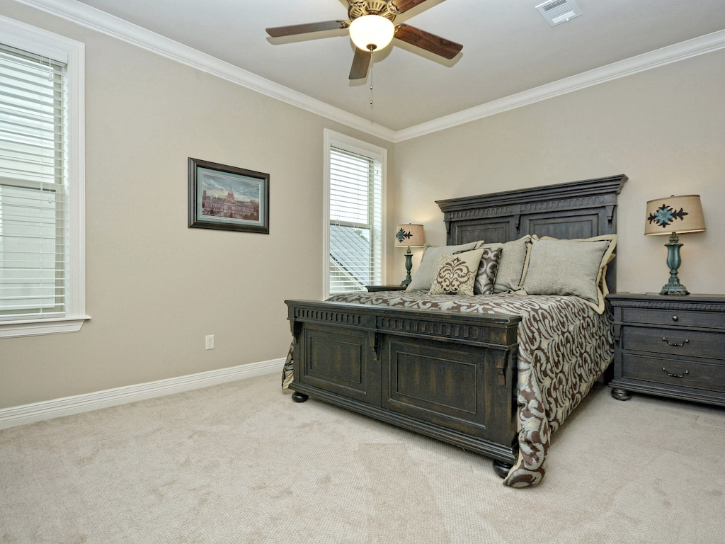 Upstairs Guest Bedroom (Bdrm #4)