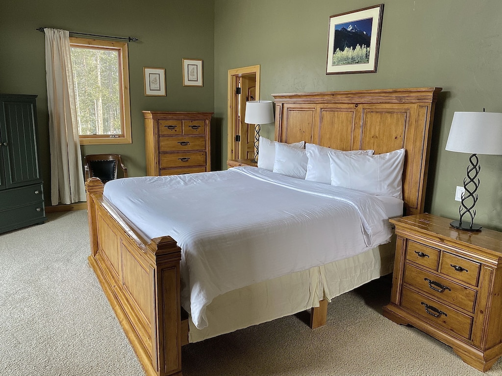 Bedroom 1 - King size bed, hotel quality pillows and linens