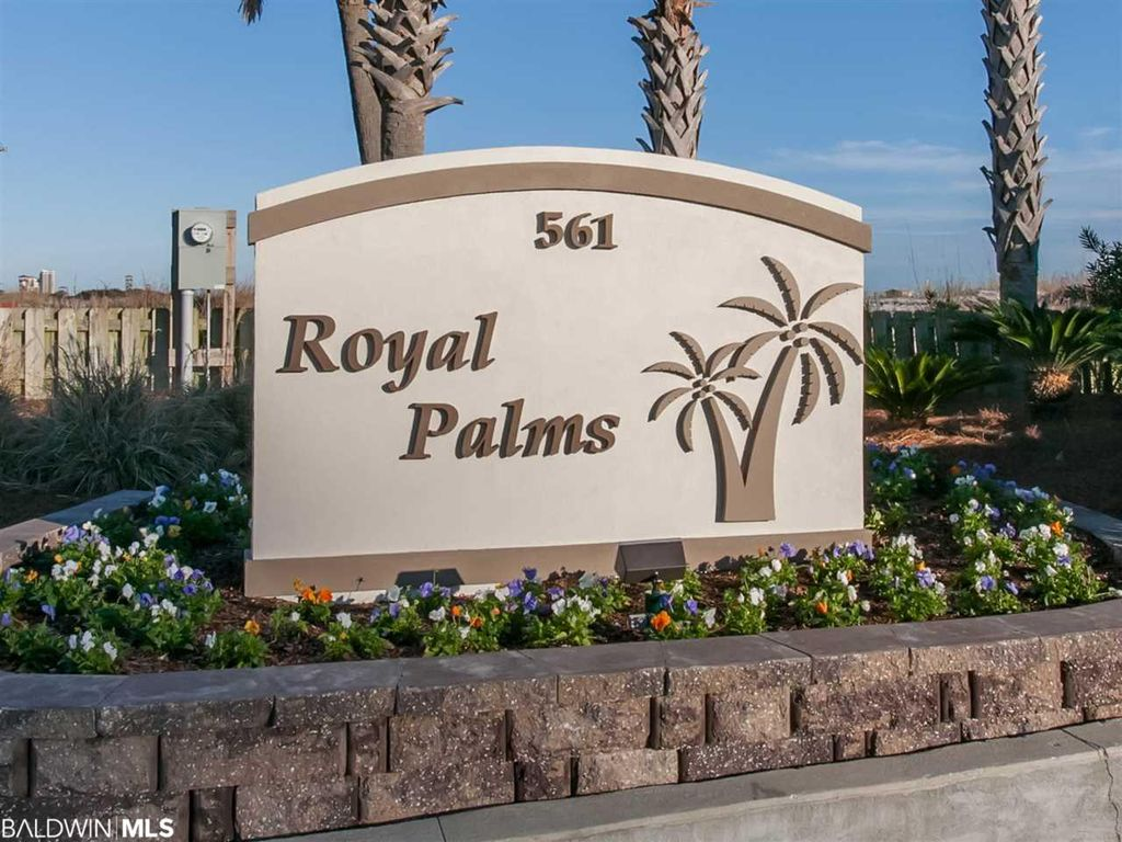 Welcome to Royal Palms
