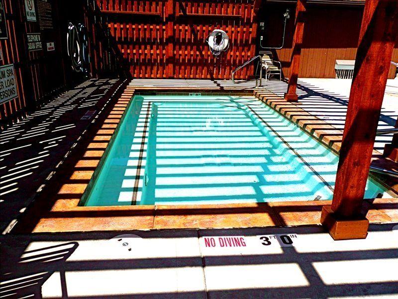Hot Tub w/ Heated Deck