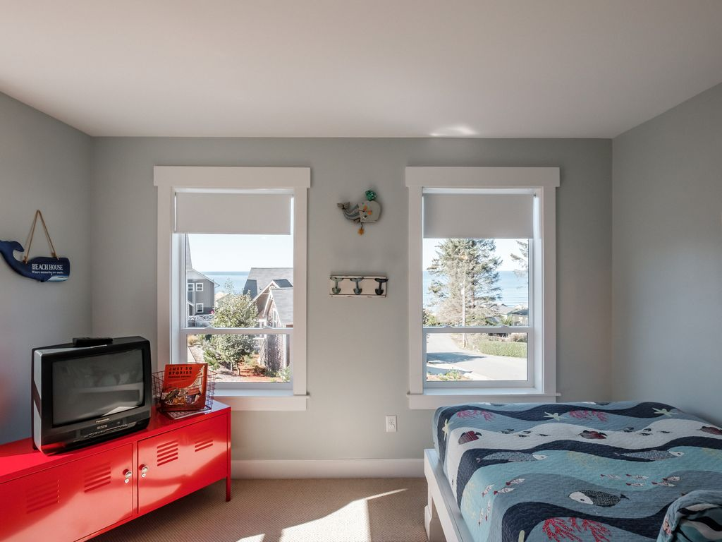 Oceanview kids room is a vacation dream.
