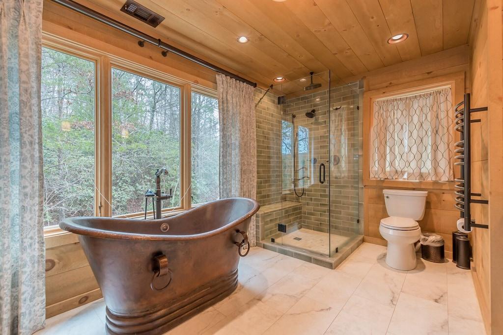 Full Master Bathroom