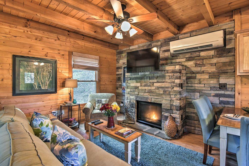 Kick back and relax at this charming vacation rental studio cabin!