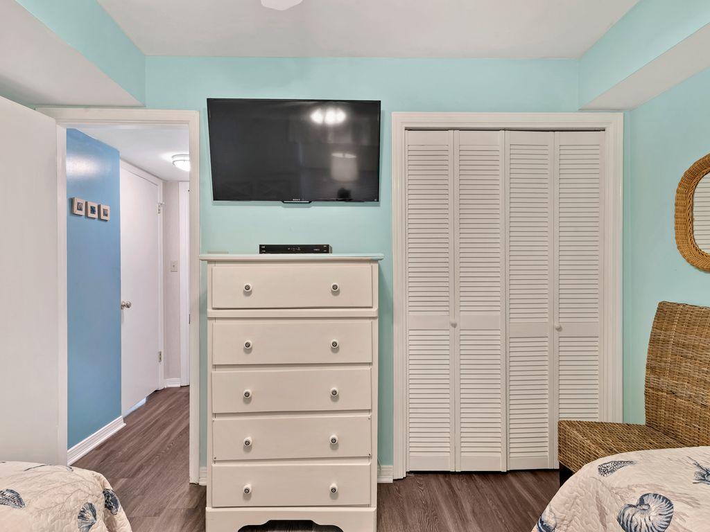Flat screen TV in guest room