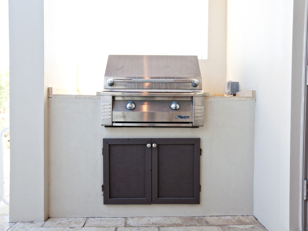 Alfresco Stainless Steel gas grill