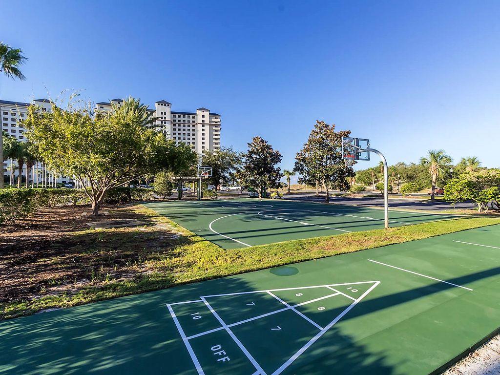 Basketball & Shuffleboard Courts