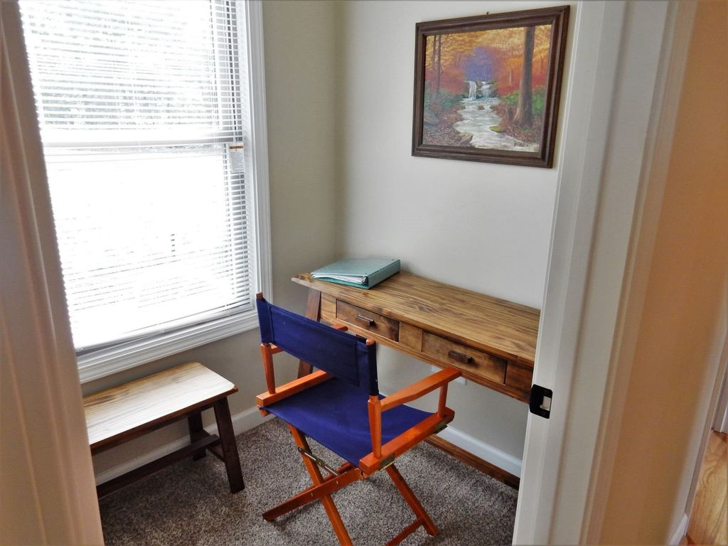 Perfect Desk area with Glass Door for for those to have to work a bit while away