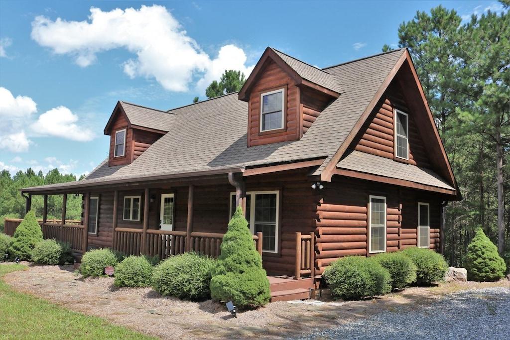 Your perfect log cabin getaway