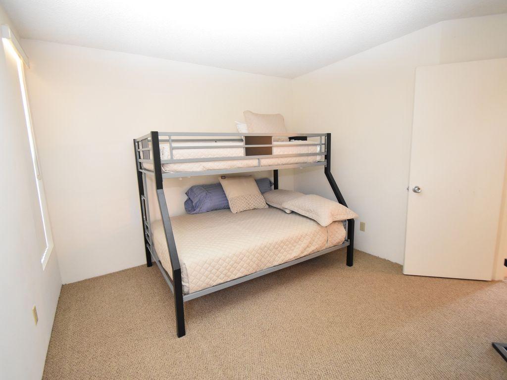 3rd bedroom bunk bed