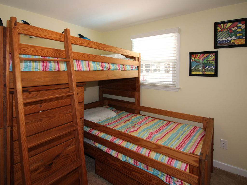 Bunk Bed Room for Kids #4