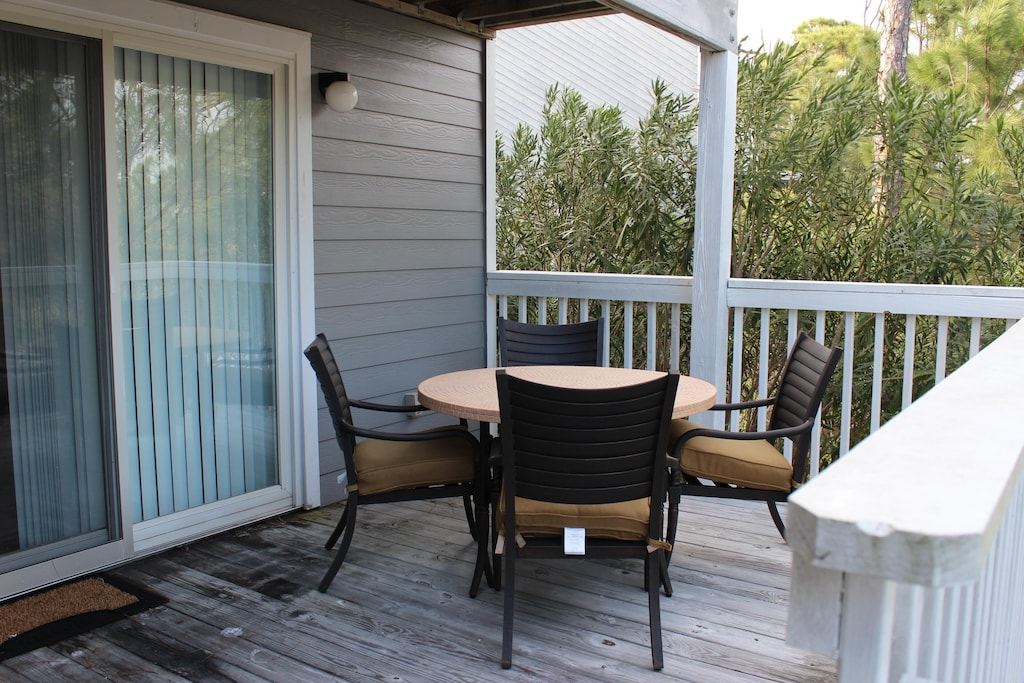 Outdoor deck and seating area, deck overlooks State Park