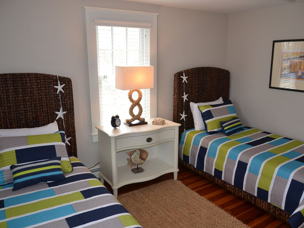 Two twin beds in bedroom #2.