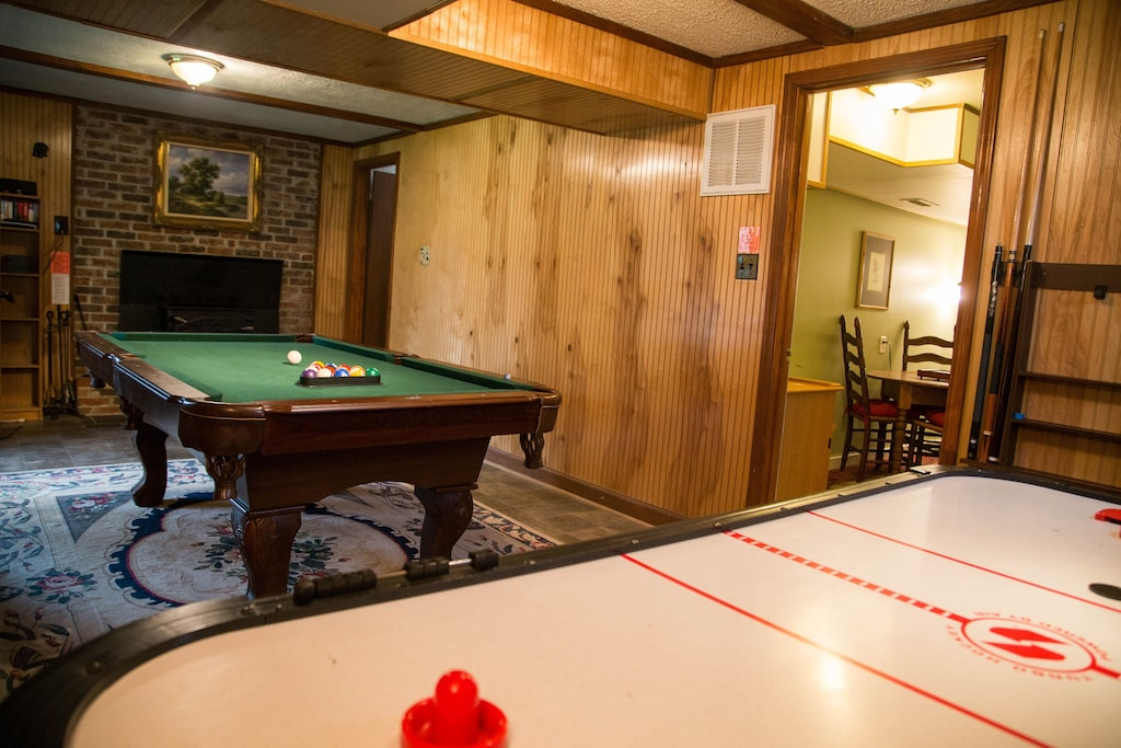 Newly-added pool table