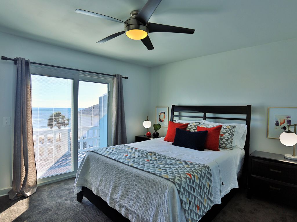 "Master bedroom with great ""pocket view"" of the Gulf"